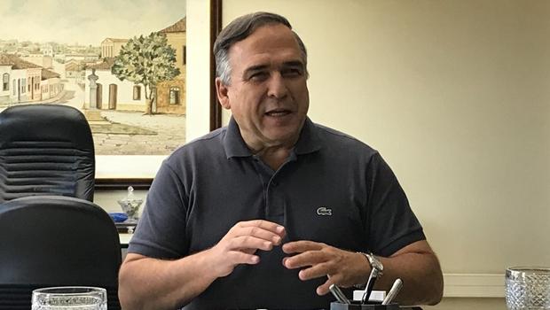 Presente em CPI, Sandro Mabel pede a palavra, mas recebe negativa