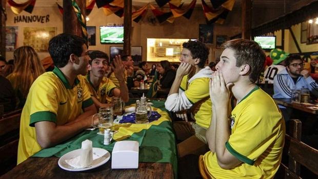 Confira os lugares em Goiânia que vão transmitir Brasil x Argentina
