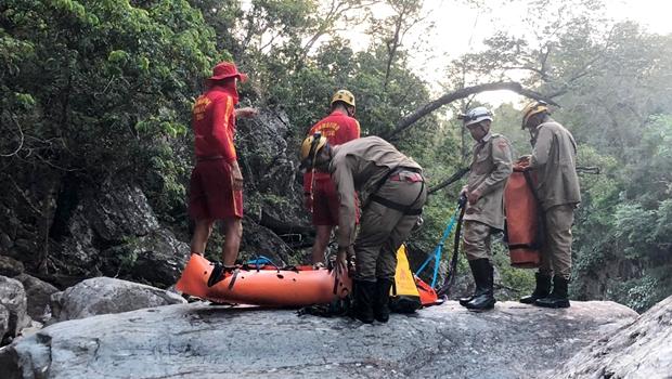 Bombeiro morre ao praticar canionismo em Alto Paraíso