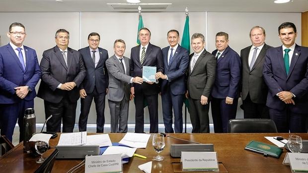 Em reunião de governadores, Carlesse explica a Bolsonaro a importância da TO-500
