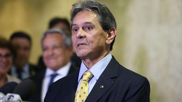 Em visita a Caiado, Roberto Jefferson defende alinhamento do PTB com o Governo