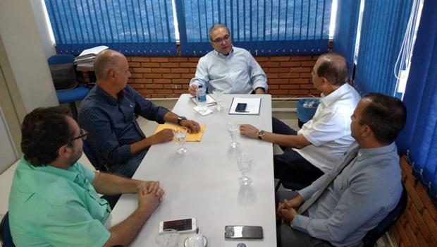 Lideranças do PSDB se reúnem com presidente estadual da sigla para debater eleições