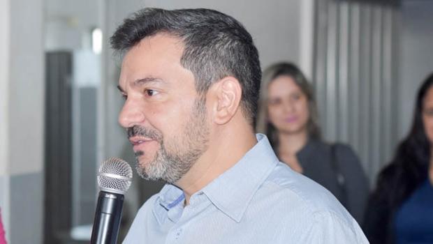 Chamado de 'patrono da Educação', prefeito Vinicius Luz inaugura mais uma escola padrão FNDE