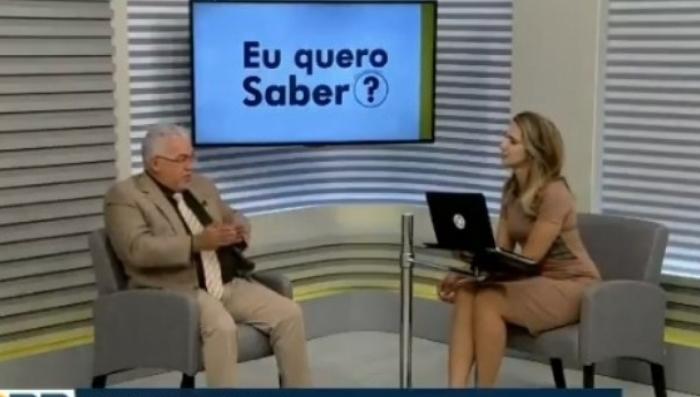 Colunista chora e pede demissão de afiliada da Globo ao vivo