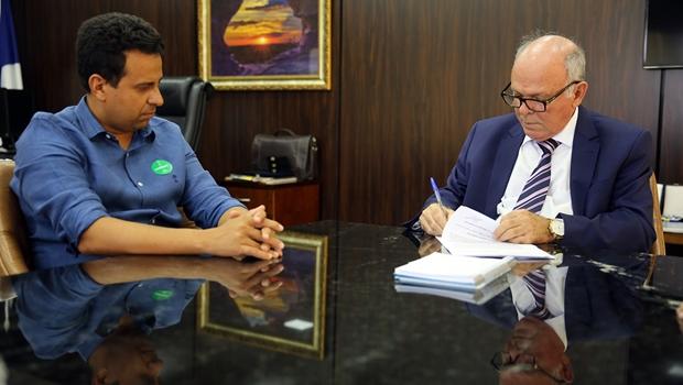 TJ/TO e  Palmeirópolis assinam termo de cooperação para regularização fundiária