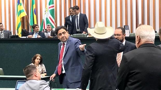 Amauri Ribeiro diz que Talles Barreto será o primeiro convocado para CPI das Obras Paradas