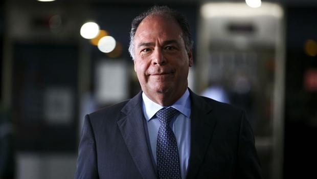 Líder do governo do Senado teria recebido R$ 5,5 milhões em propinas