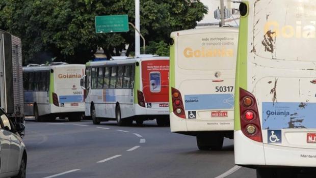 Demanda do transporte coletivo caiu 21,5% no primeiro dia de decreto, afirma RedeMob