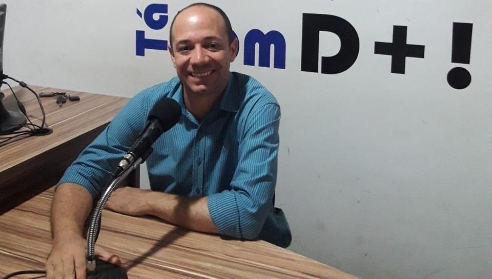 Jornalista Anderson Alcântara deixa a Rádio Boa Nova FM