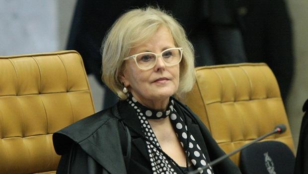 Rosa Weber dá prazo de 5 dias para Bolsonaro explicar novos decretos das armas