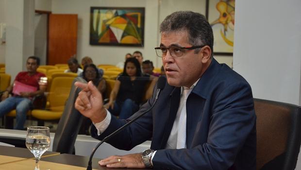 """""""A prefeita Cinthia tem perdido oportunidades para formar um grupo político sólido"""""""