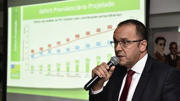"""""""Goiás, como qualquer outro Estado, virou uma grande folha de pagamento"""", diz economista Paulo Tafner"""