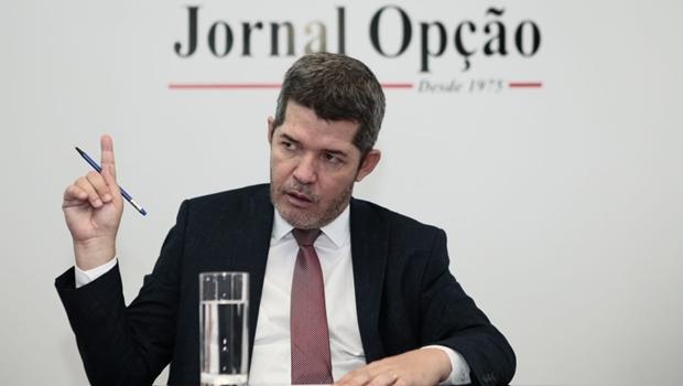 """Delegado Waldir diz que Bolsonaro é marionete: """"Os filhos estão governando"""""""