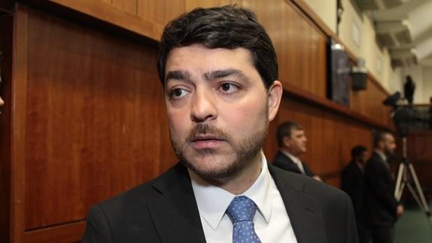 Henrique Arantes retira assinatura de CPI de interferências