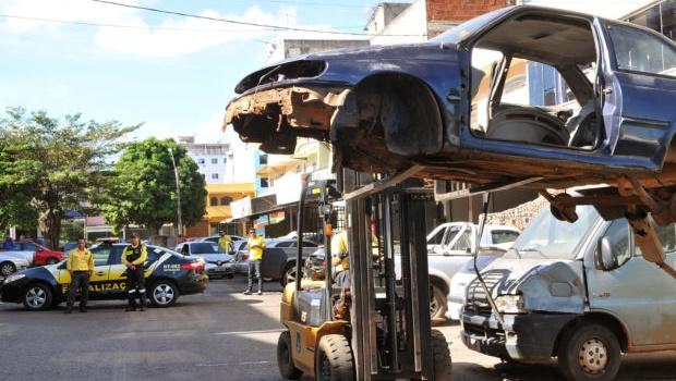 DetranGO anuncia leilão de 3 mil veículos para primeira semana de novembro
