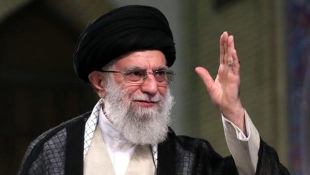Irã declara que dará golpe recíproco nos EUA por morte de Soleimani