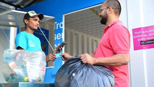 População de Trindade poderá trocar materiais recicláveis por desconto na conta de energia
