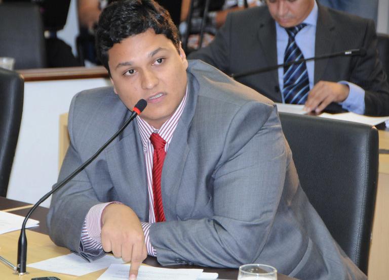 Filho da senadora Kátia Abreu está com coronavírus