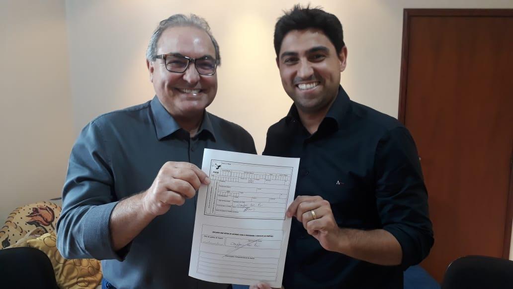 Presidente da maior rede de postos de combustíveis de Goiás filia-se ao PSDB