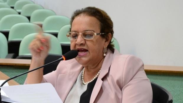 Vereadora Lúcia Batista filia-se ao MDB e apoia Juraci Martins para prefeito de Rio Verde