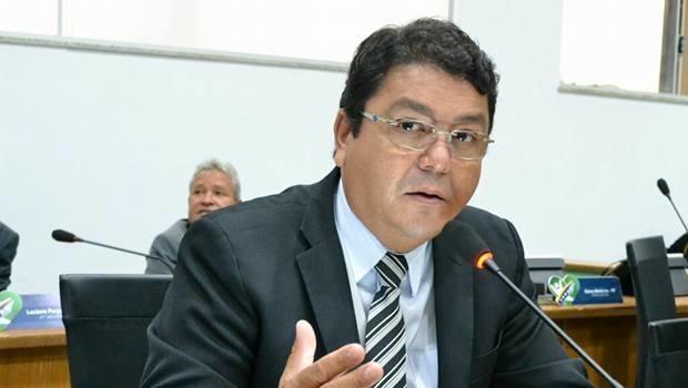 """PSDB de Rio Verde decreta """"falência"""" e até o presidente vai migrar para o PSD de Juraci Martins"""