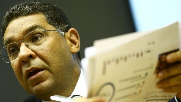 Mansueto defende linha de crédito para empresas endividadas durante pandemia
