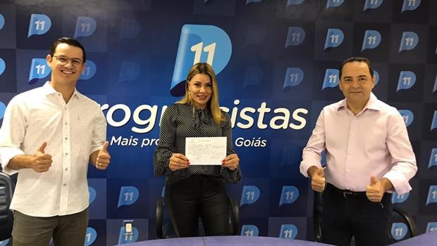 A empresária Ruth Lopes é cotada para ser vice de Divino Lemes em Senador Canedo