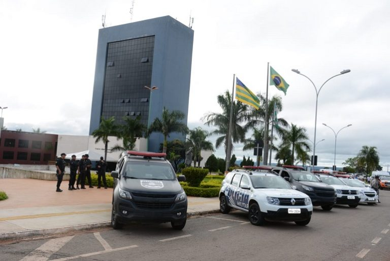 Prefeitura notifica 57 estabelecimentos funcionando de forma irregular