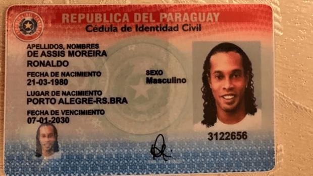 Juiz concede prisão domiciliar a Ronaldinho Gaúcho no Paraguai