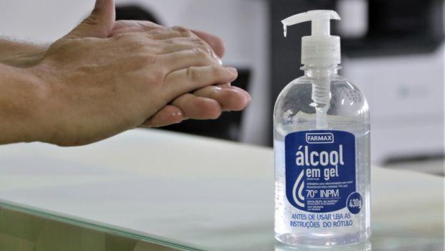 Conselho Federal de Química orienta sobre maneira correta de desinfecção de mãos e objetos