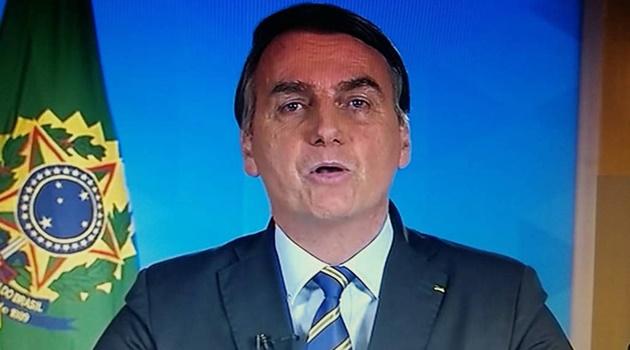 Em pronunciamento, Bolsonaro volta a defender tratamento com cloroquina