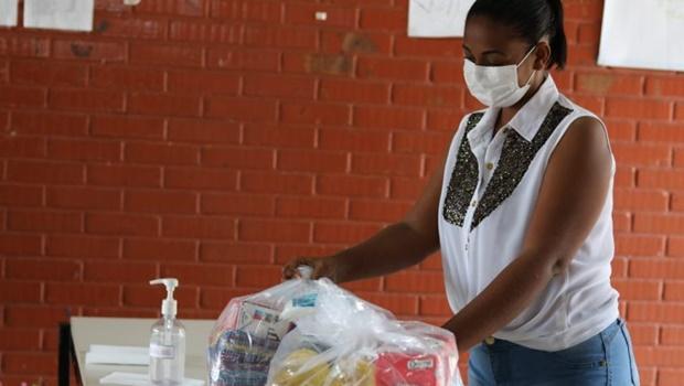 Prefeitura de Goiânia inicia distribuição de merenda escolar para alunos
