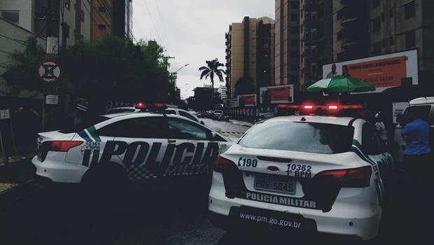 Mulher de 33 anos e bebê morrem ao cair de prédio