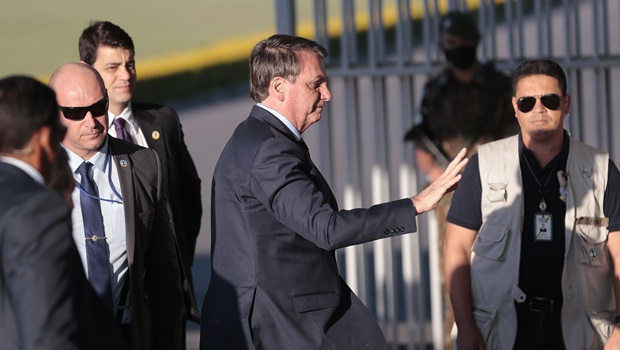 Bolsonaro perde apoio nas classes médias e alta e ganha parte do eleitorado do PT
