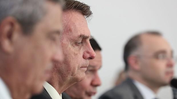 Bolsonaro nega interferência na PF e diz que acusações são levianas