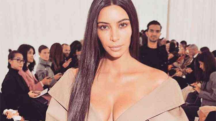 Como Kim Kardashian decidiu ocupar o Palácio de Versalhes