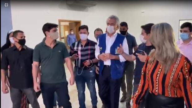 Caiado promete hospital de Luziânia em funcionamento na próxima semana