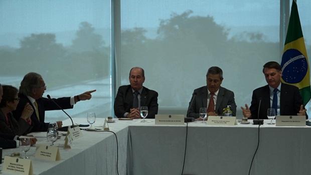 Paulo Guedes reunião ministerial 22-4-2020 - Foto Reprodução Presidência da República