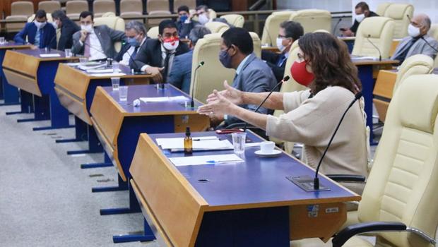 CCJ aprova decreto que impede prefeitura de suspender contratos temporários