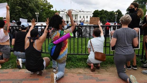 Por causa de protestos, Casa Branca fecha acessos