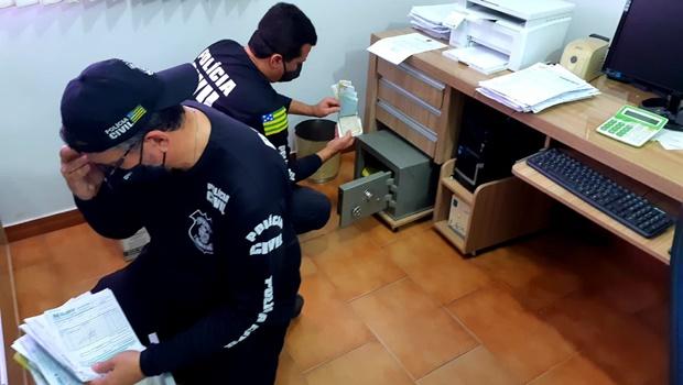 Polícia Civil cumpre sete mandados de busca por fraude em pagamento de imposto