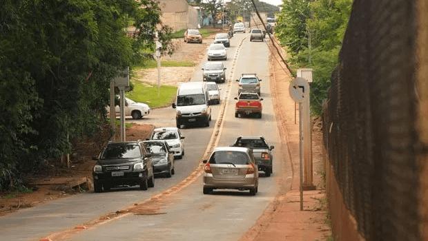 Justiça concede liminar que proíbe prefeitura de duplicar Rua da Divisa, no Jaó