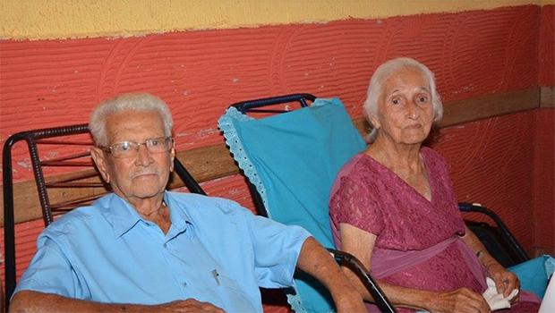Após 73 anos casados, idosos morrem no mesmo dia em Anápolis