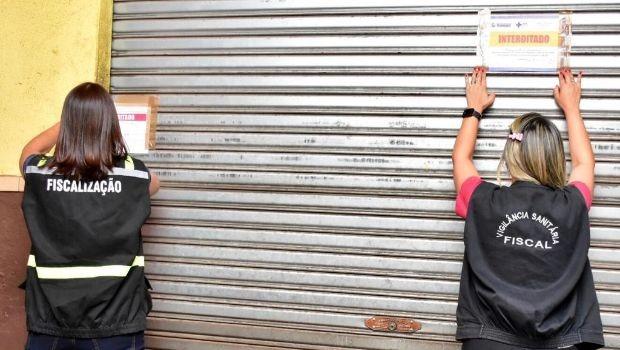 Prefeitura de Trindade fiscaliza 200 estabelecimentos comerciais e 850 barracas em sete feiras
