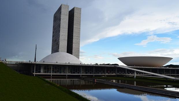 Equipe econômica do governo enviará ao Congresso proposta de reforma tributária, assistência social e nova versão do pacto federativo