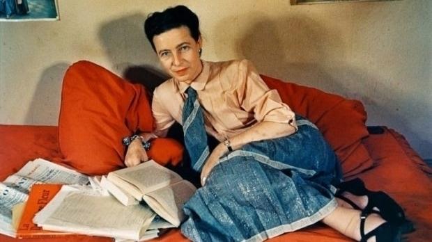 """Simone de Beauvoir, a filósofa que """"reinventou"""" a mulher e a """"colocou"""" na história"""