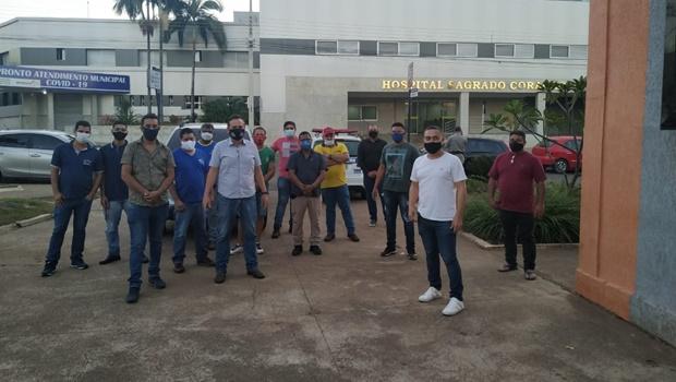 Comerciantes de Nerópolis fazem pressão contra decreto que fecha estabelecimentos aos fins de semana