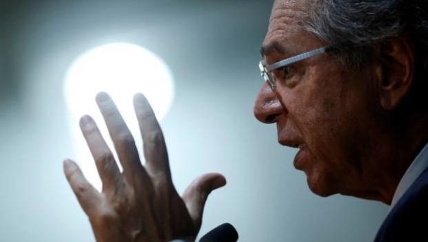 Em evento internacional, Guedes diz que Amazônia é assunto do Brasil