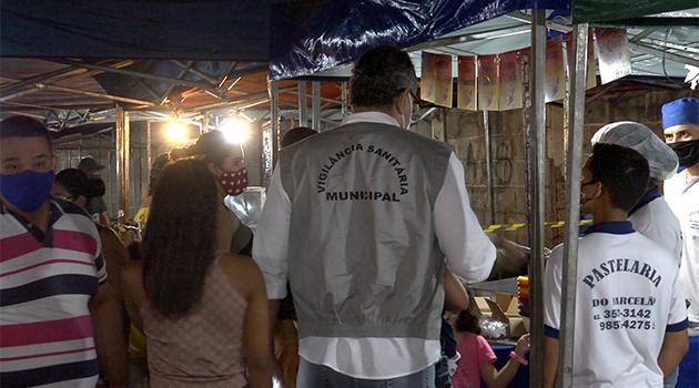 Fiscalização da Covid-19 vistoria bares e restaurantes da região Sul e feira da Vila União nesta quinta