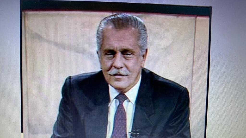 Anão do orçamento entrou no gabinete de Vilmar Rocha e um ramo de arruda murchou